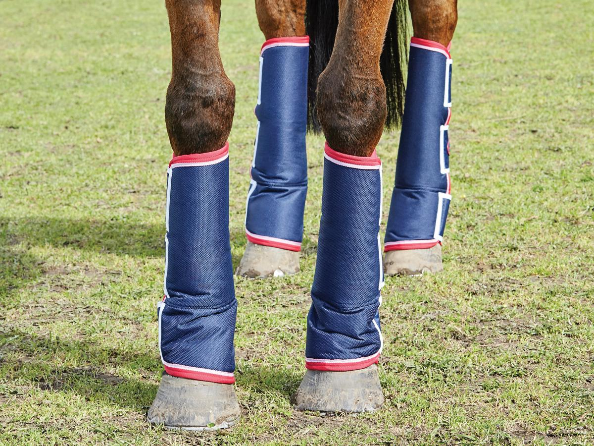 short-wide-tab-travel-boots Navy
